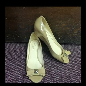 Kate Spade wedges size 10